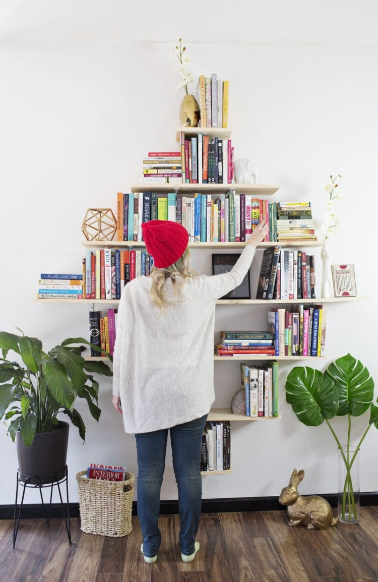 Creative DIY Diamond Shaped Bookshelves