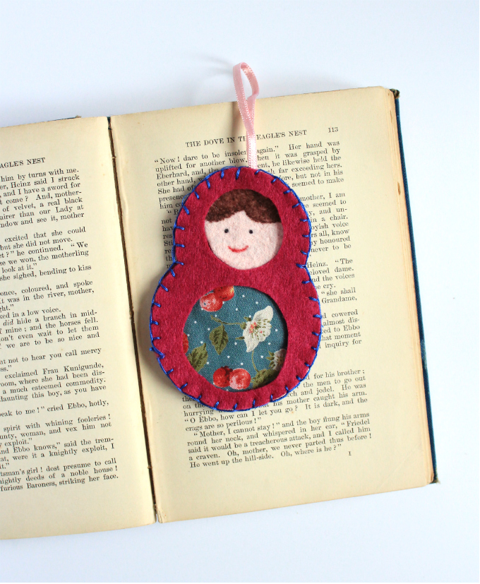 Picture Of diy colorful matryoshka felt bookmark  1