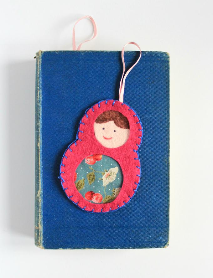 DIY Colorful Matryoshka Felt Bookmark