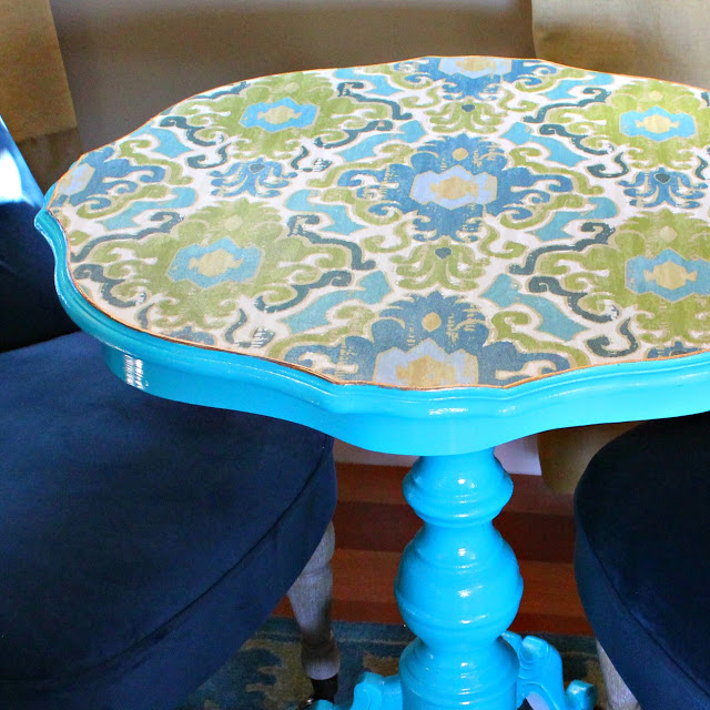 Picture Of diy decoupaged fabric table makeover  5