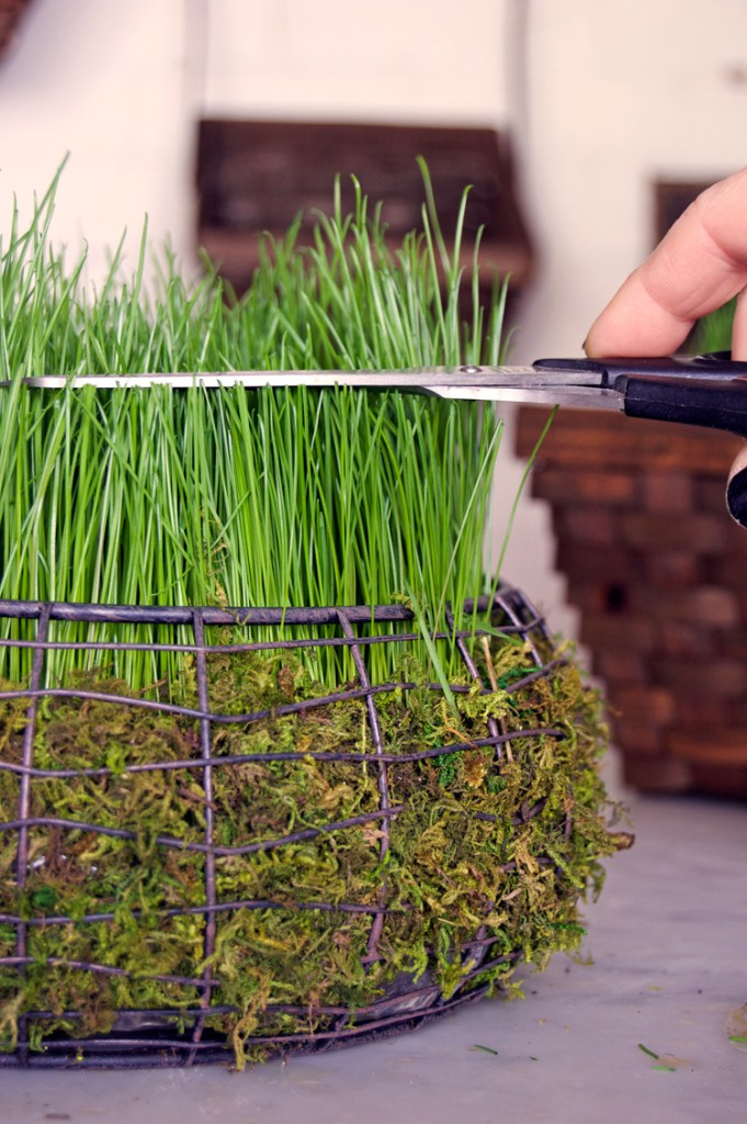 DIY Easter Basket Filled With Real Grass