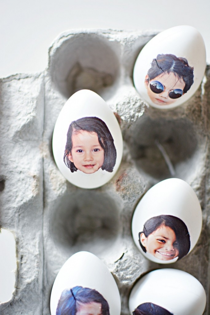 DIY photo Easter eggs (via littleinspiration)