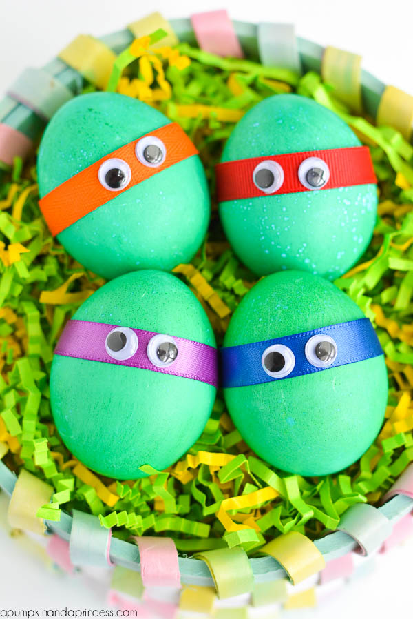 DIY ninja turtle eggs (via apumpkinandaprincess)