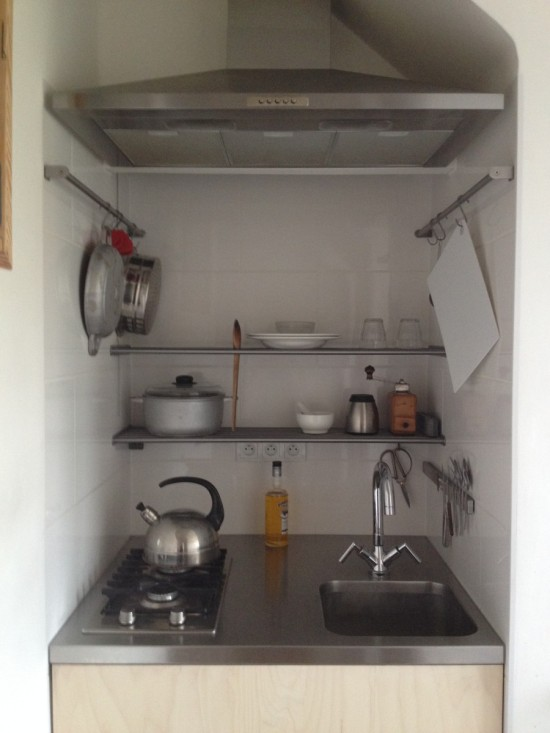 DIY stainless steel shelves (via ikeahackers)