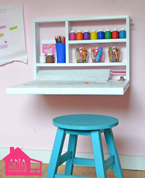 DIY wall art desk (via homedit)