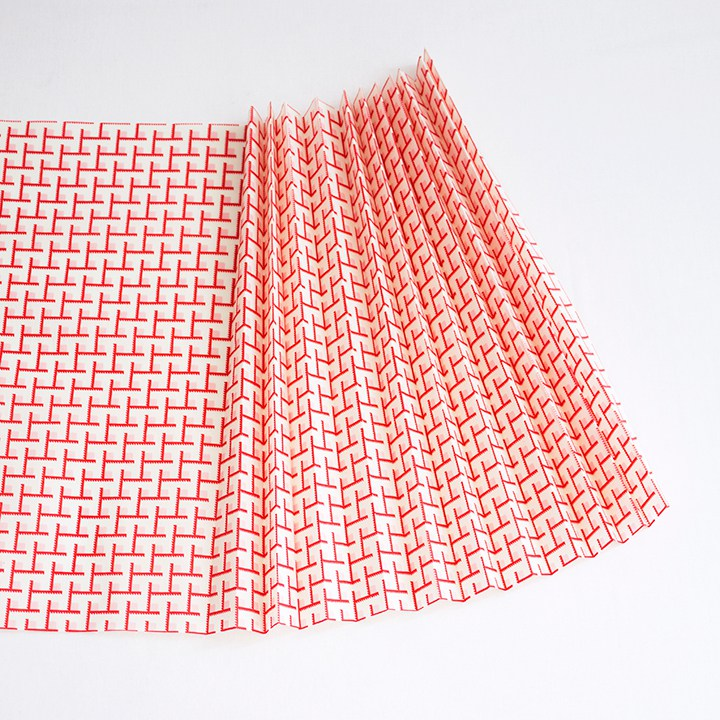Picture Of diy no sew fabric pleated pendant lamp  4