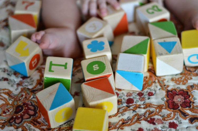 DIY ABC blocks (via elephantandchick)