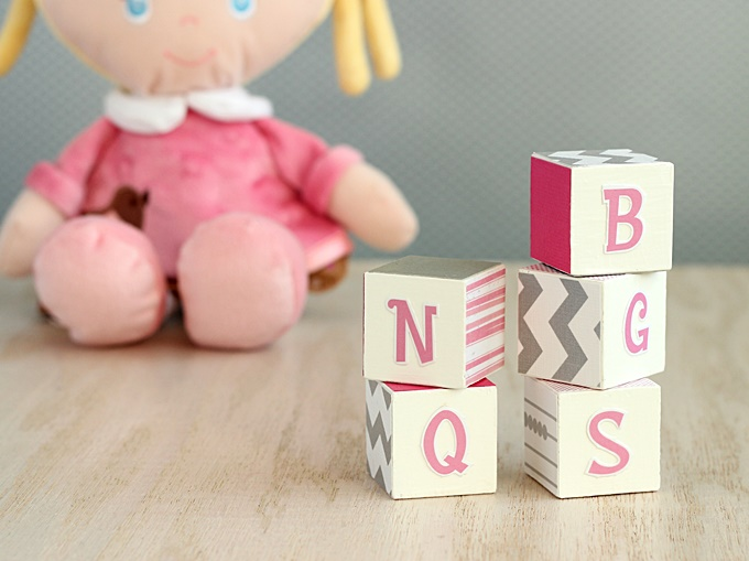 fun DIY alphabet blocks (via modpodgerocksblog)
