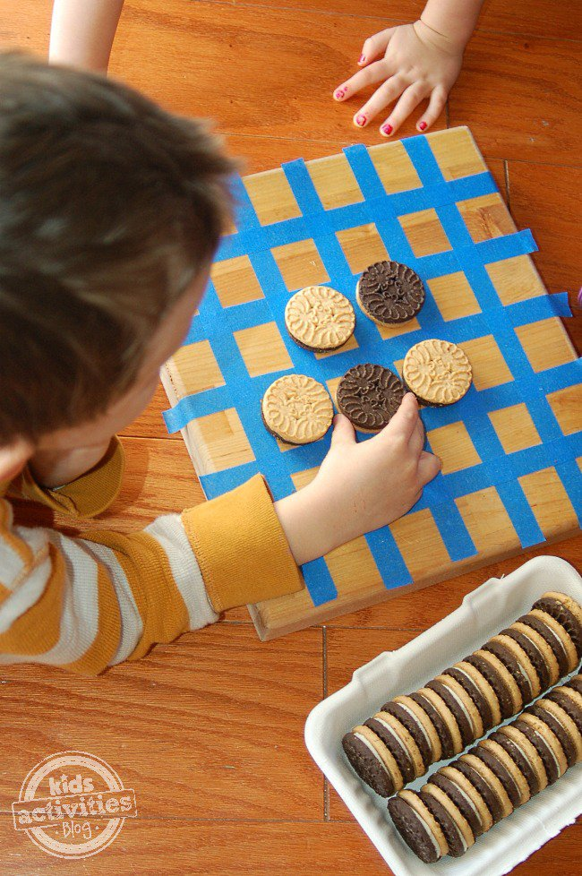 DIY cookie game for kids
