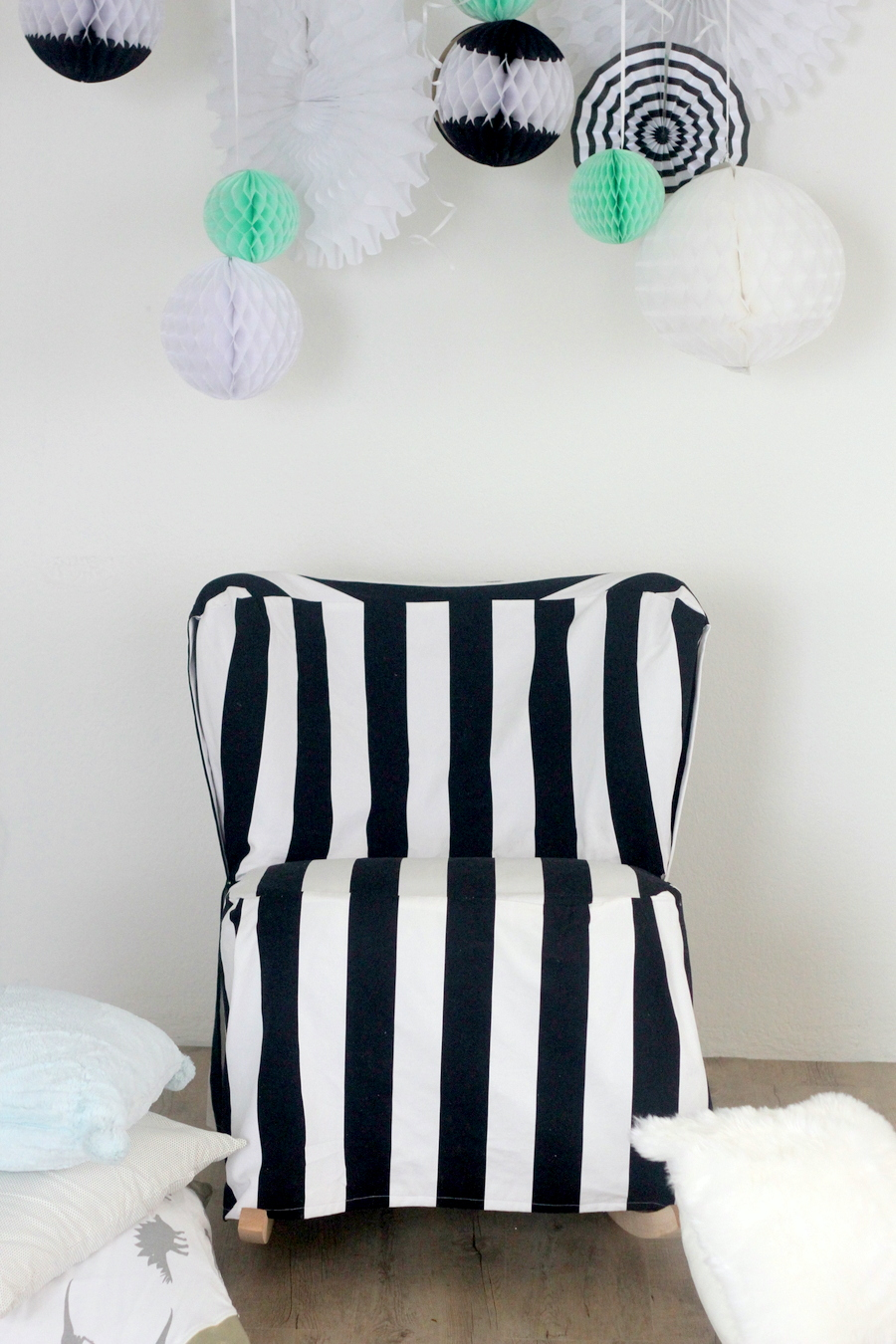 Picture Of easy diy striped chair slipcover  4
