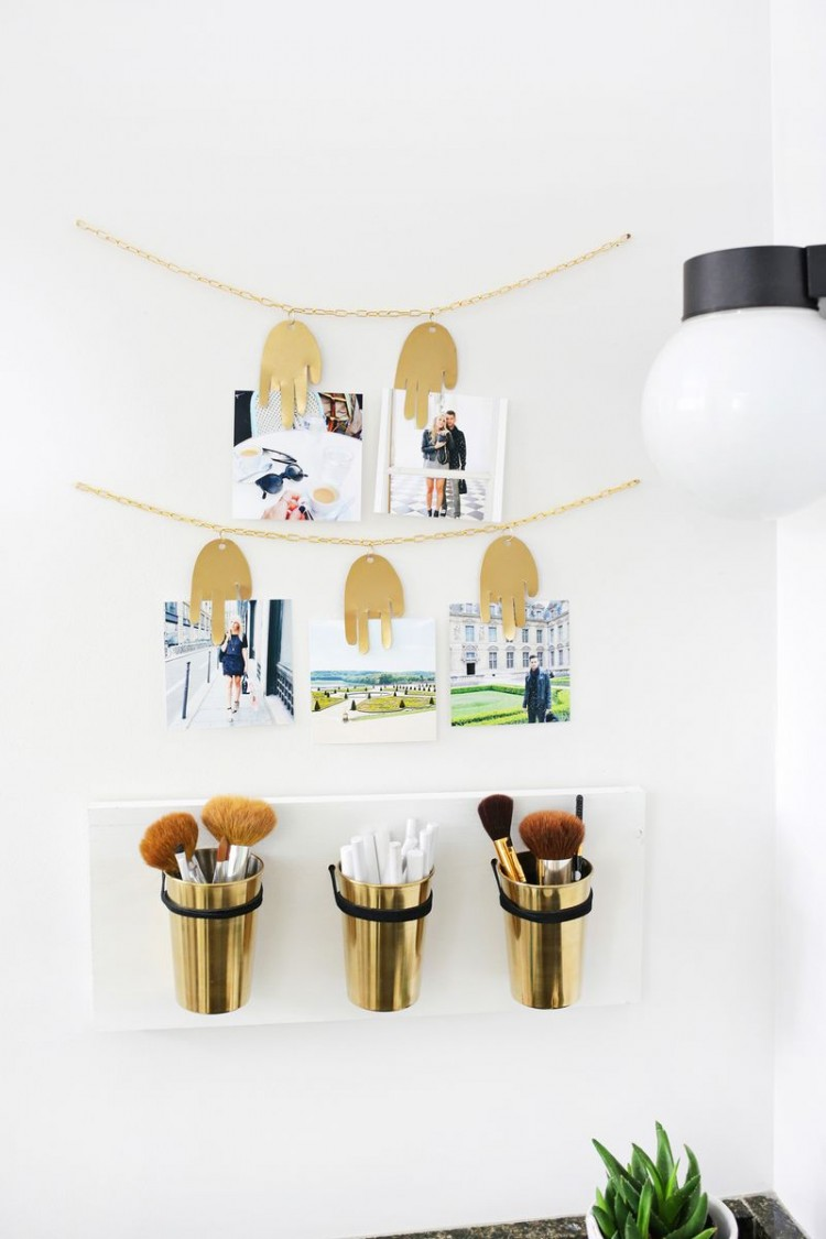 Original DIY Metal Hand Photo Garland
