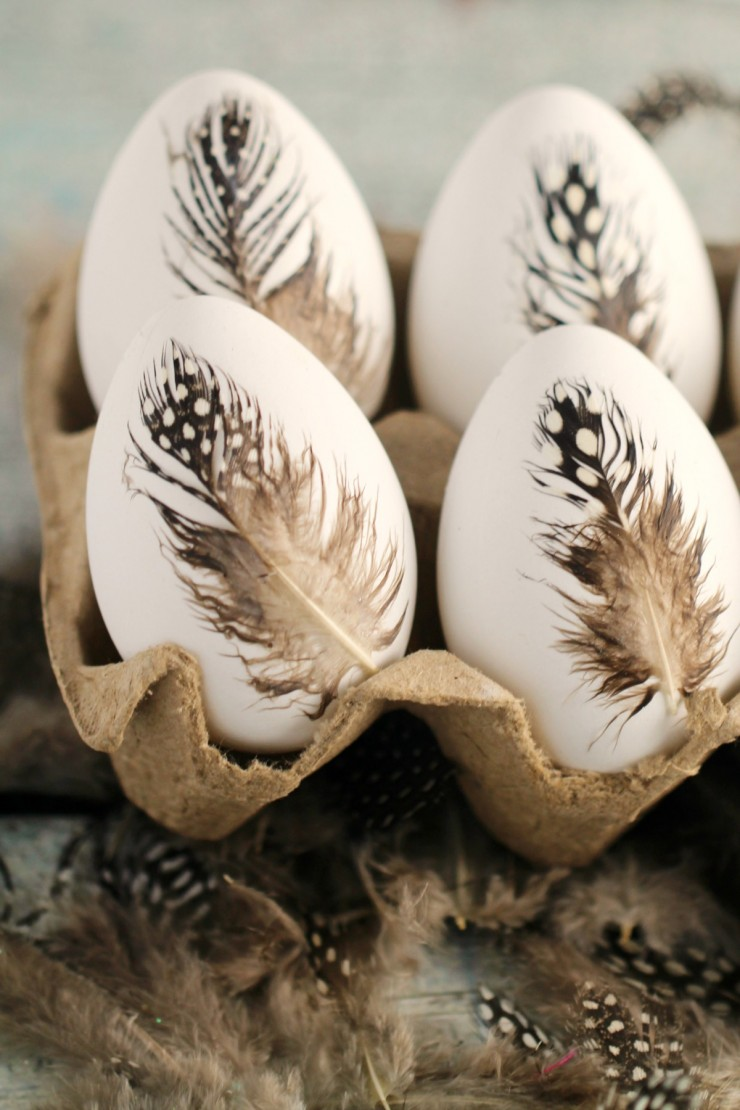scandinavianstyle easter diy feather easter eggs