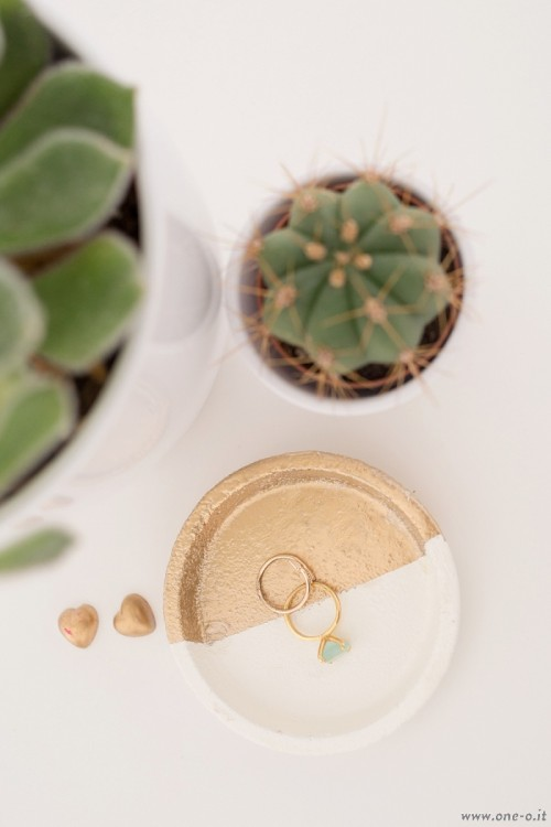 DIY jewelry dish from a coaster