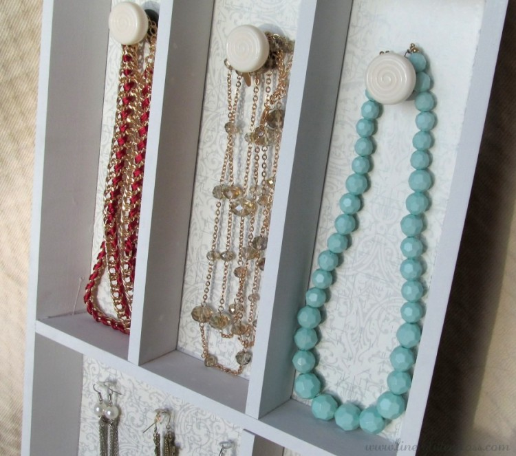 DIY jewelry shelf from a spice rack (via linerglittergloss)
