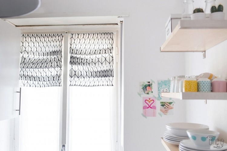 Stylish DIY No Sew Roman Shades