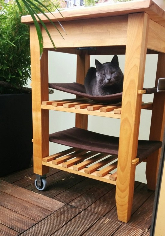 10 various and cute diy ikea hacks for cat owners shelterness. Black Bedroom Furniture Sets. Home Design Ideas
