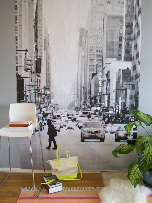 DIY photo mural (via lovelyindeed)