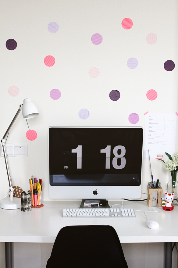 DIY polka dot mural (via fellowfellow)