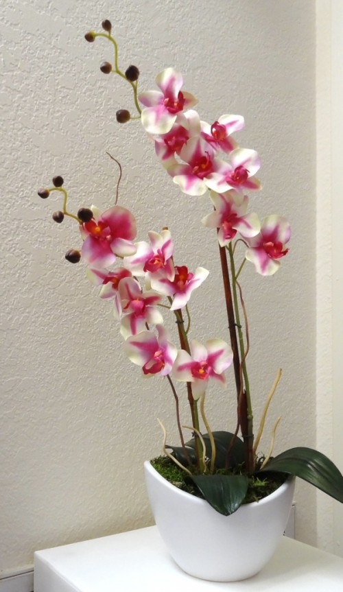 DIY faux potted orchids (via shelterness)