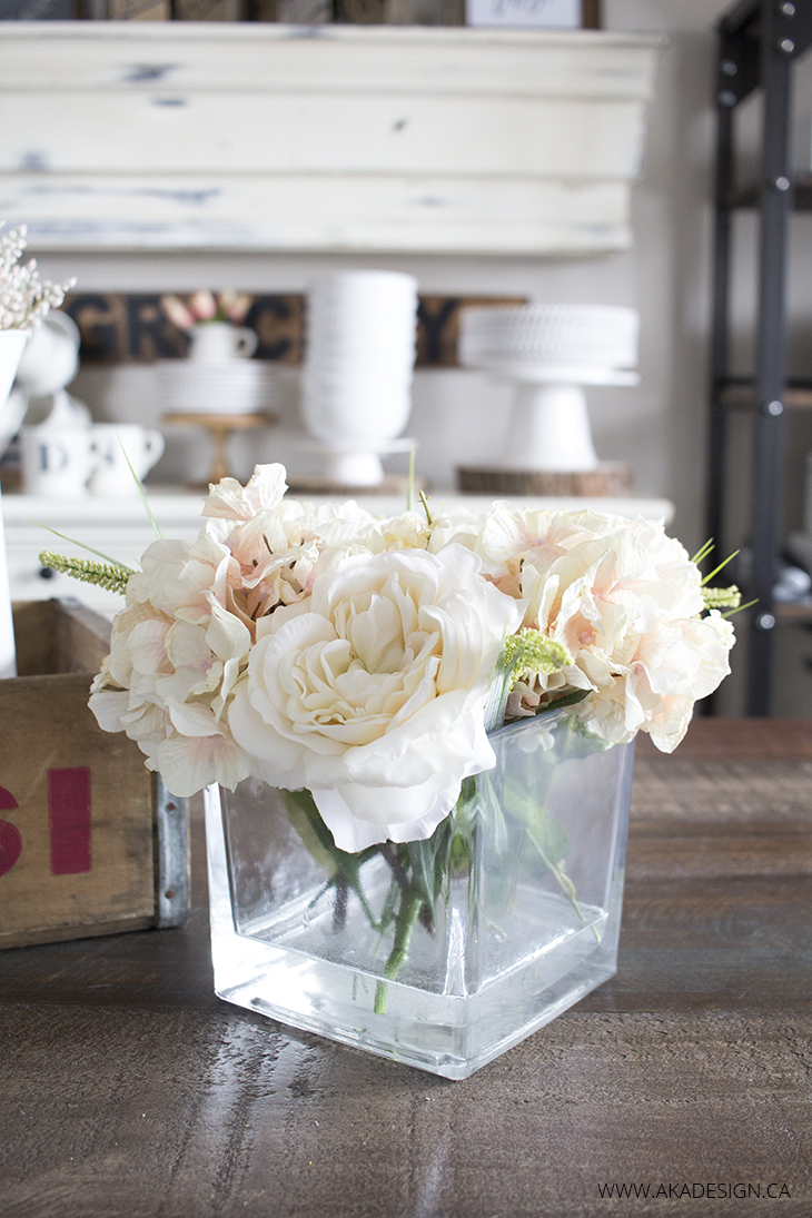 DIY faux floral arrangement (via akadesign)