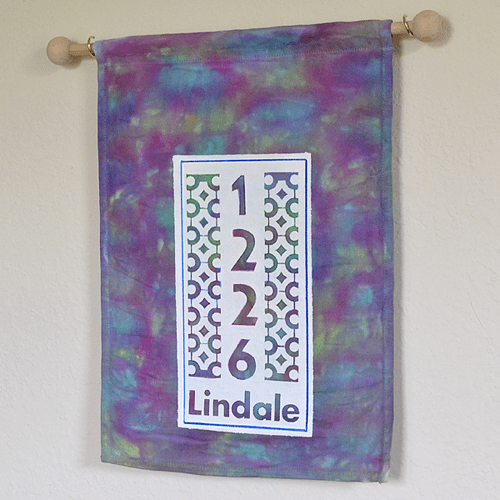 DIY tie dyed house numbers banners (via ilovetocreateblog)