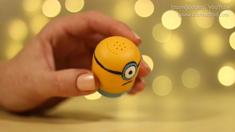 DIY minion shakers (via idunngoddess)