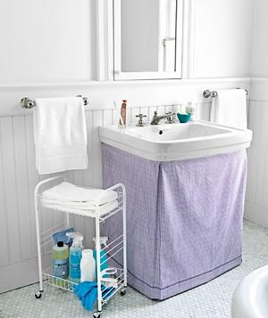 Amazing DIY bathroom sink curtains via realsimple