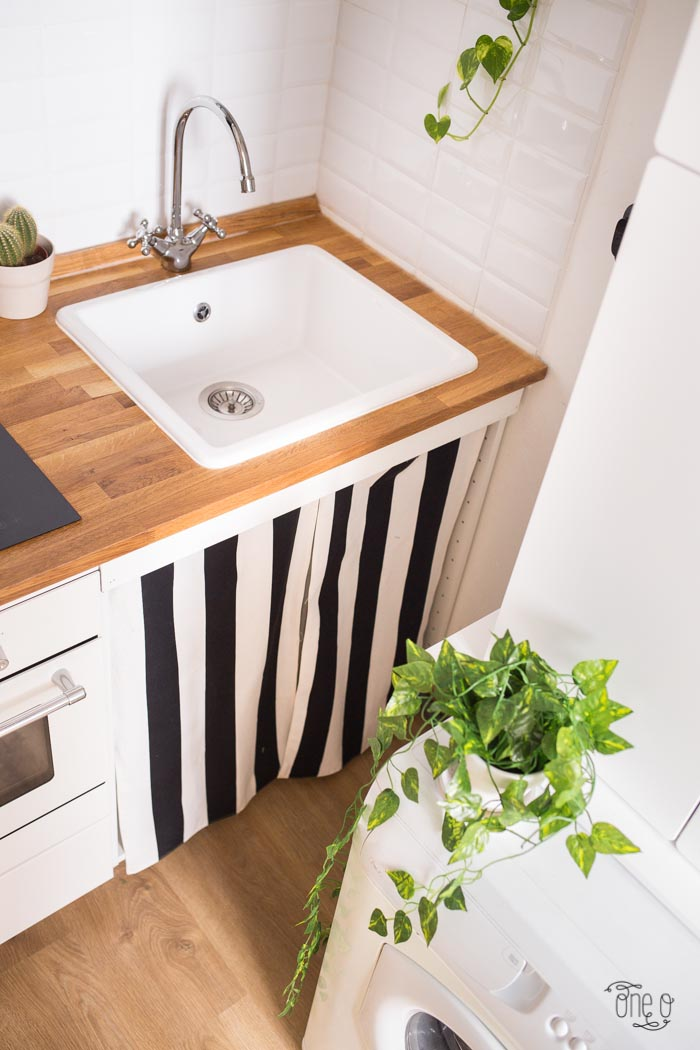 DIY Striped Sink Curtains (via One O)