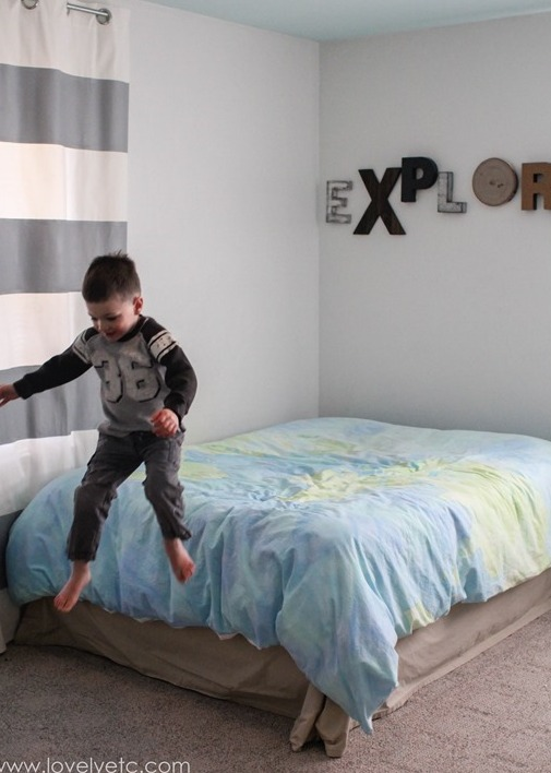 Picture Of diy mountain wall mural for a kids room  2