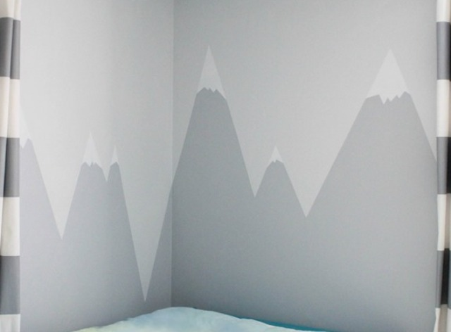 Diy mountain wall mural for a kids 39 room shelterness for Diy photo wall mural