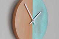 DIY patina clock
