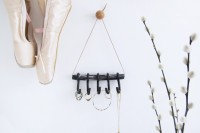 diy-polymer-clay-jewelry-holder-with-hooks-1