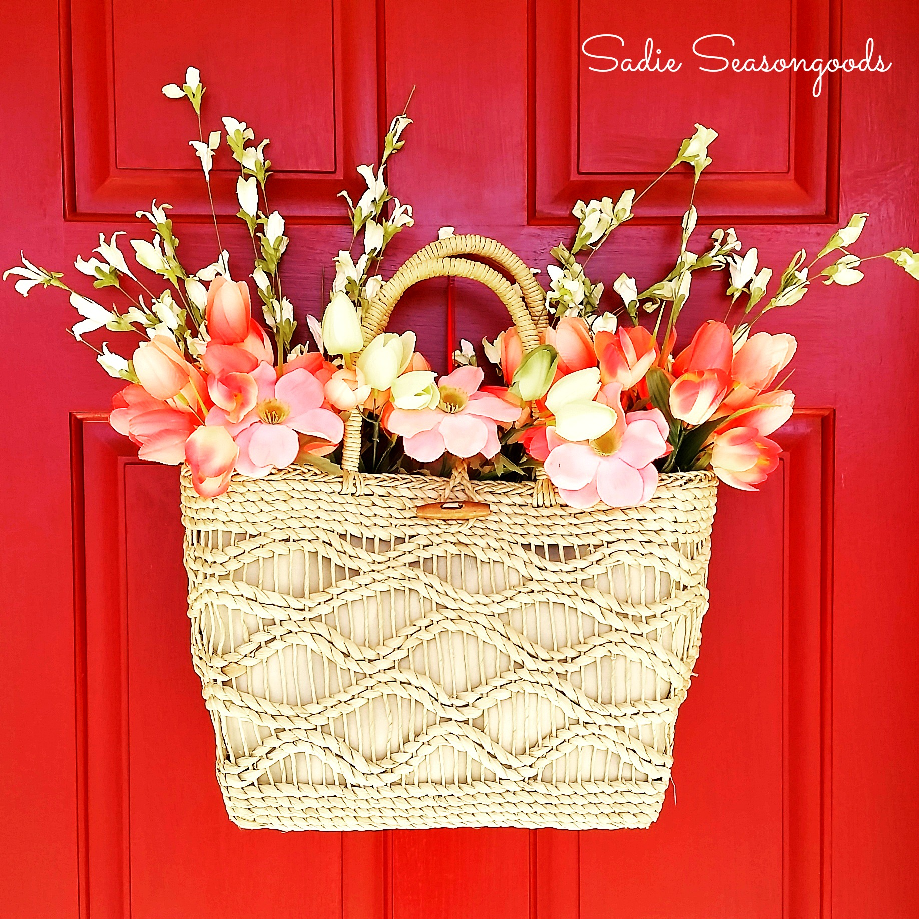 DIY Spring Straw Tote Door Décor