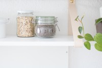 easy-diy-kitchen-shelf-with-leather-straps-6