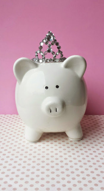 DIY princess piggy bank (via heatherhessathome)