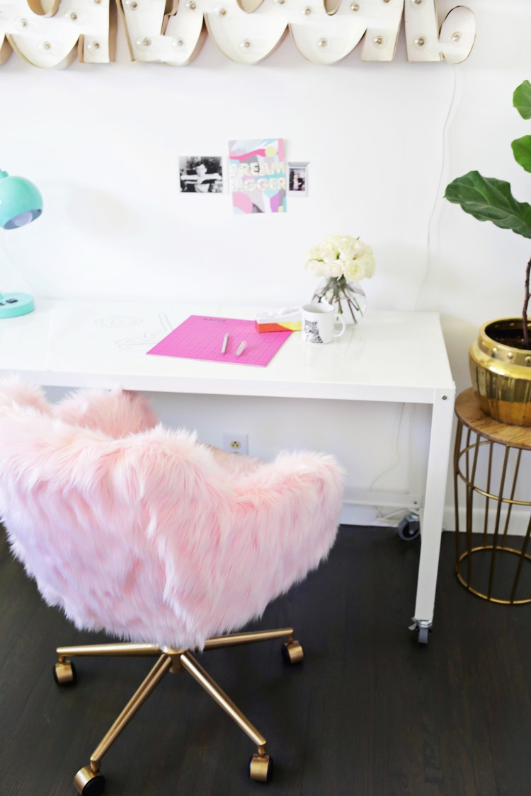 Glam DIY Office Chair Makeover With Faux Fur