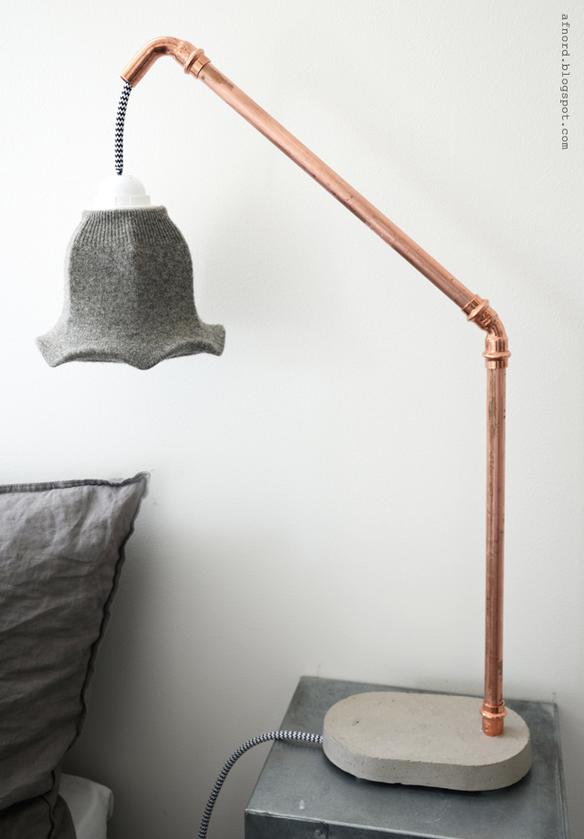 DIY concrete lamp (via blogg)