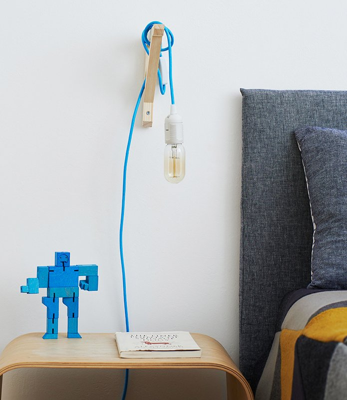DIY bold industiral lamp (via mom)