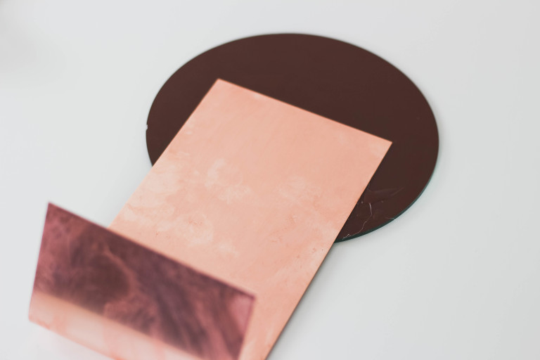 Picture Of stylish diy copper table mirror to make  4