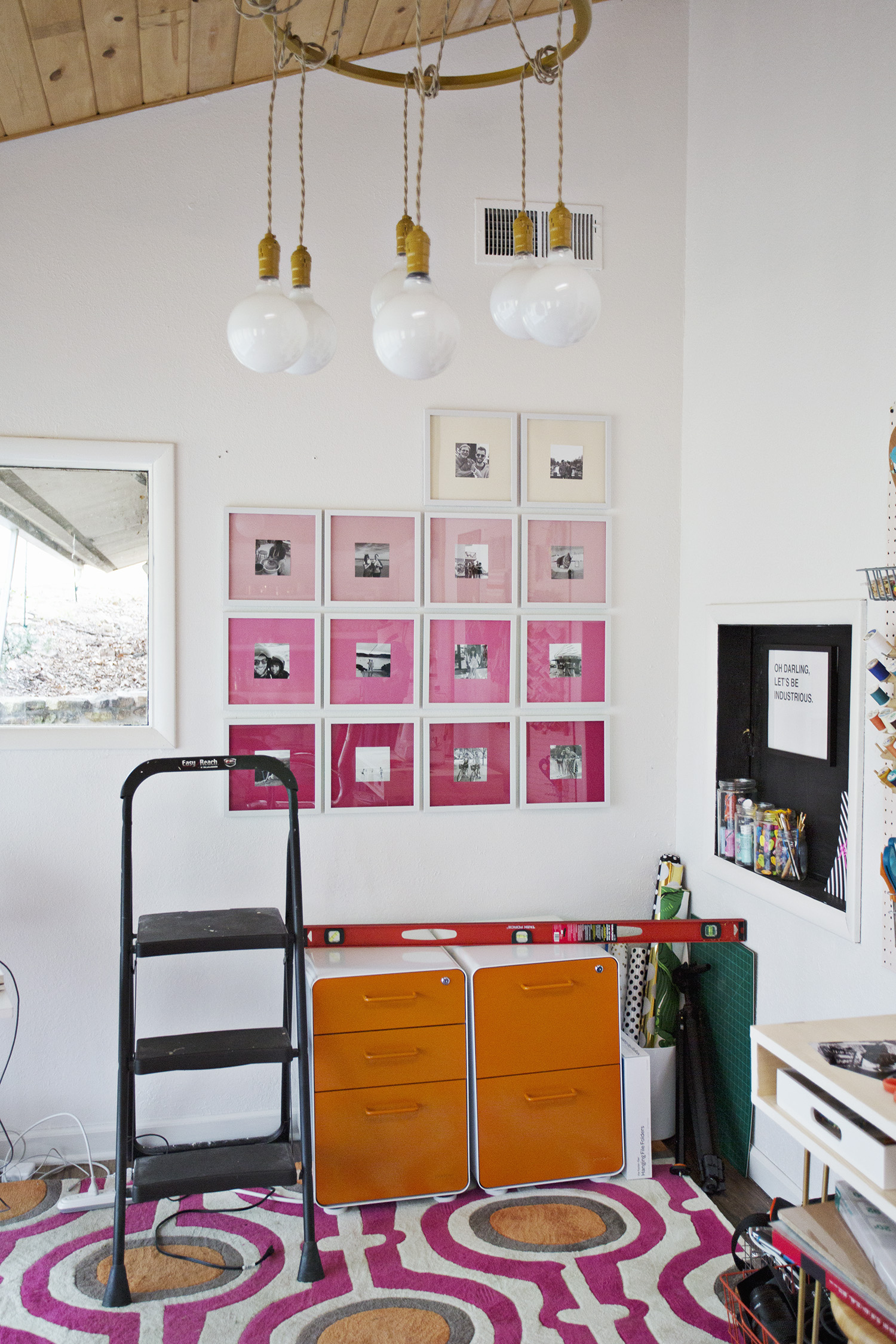 Picture Of stylish diy ombre gallery photo wall  5