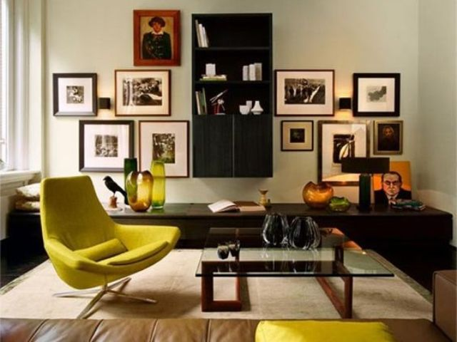 chic vintage frame gallery wall