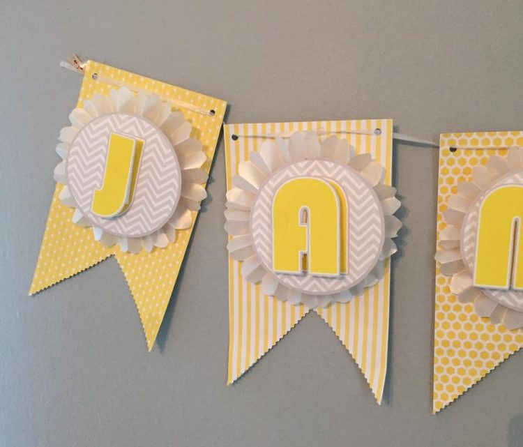 DIY Baby Shower Banner (via Decoist)