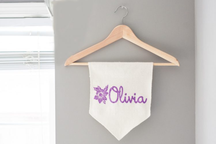 DIY baby name banner (via blog)