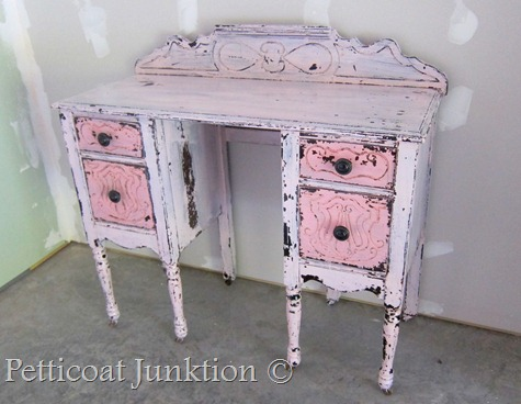 DIY shabby chic blush vanity (via petticoatjunktion)