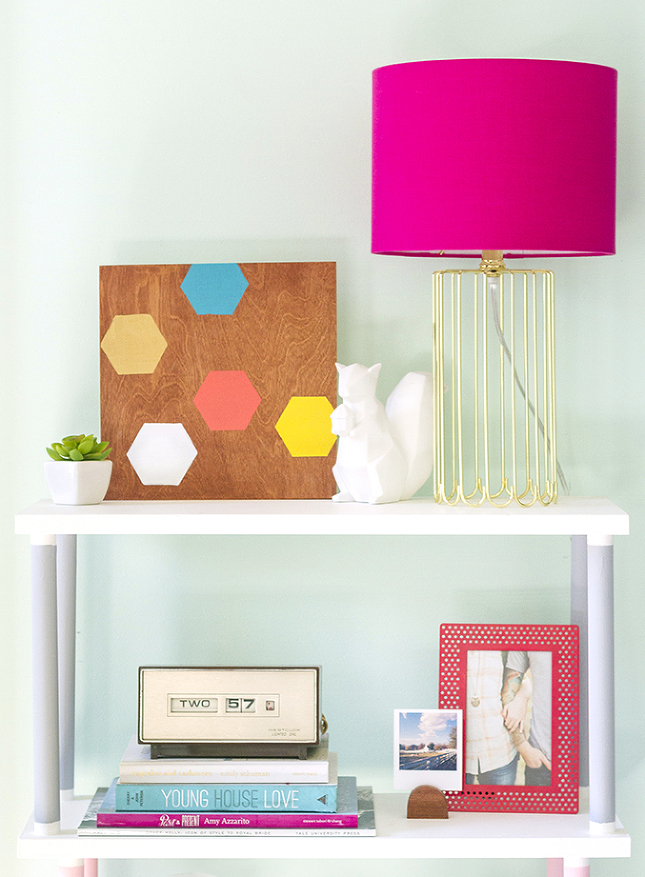 DIY geometric wood wall art (via dreamgreendiy)