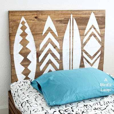 DIY stenciled surfboard wall art  (via abirdsleap)