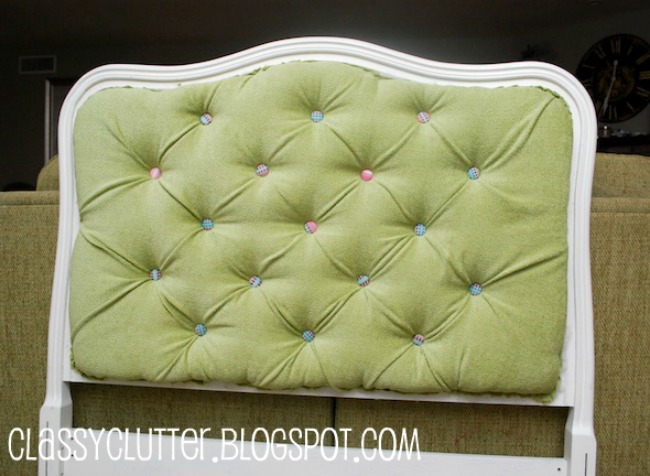 DIY upstered tufted headboard with colorful buttons (via remodelaholic)