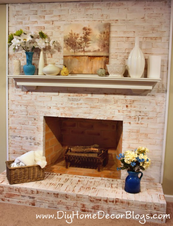 How to whitewash a brick fireplace the right way (via diyhomedecorblogs)