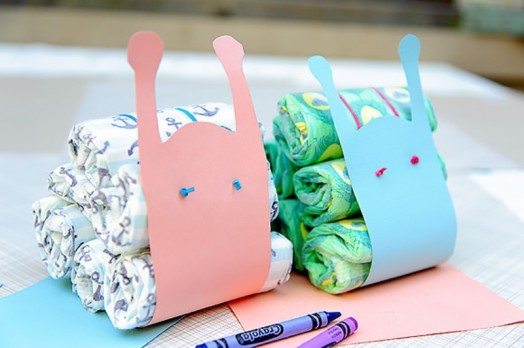 DIY diaper snail favor (via kidsomania)