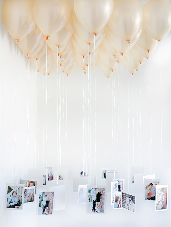 DIY balloon chandelier (via weddingchicks)